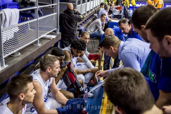 Soproni Kosárlabda Club » A csapatnak és edzőjének legalább úgy fáj ... 6f3fcc6b4d